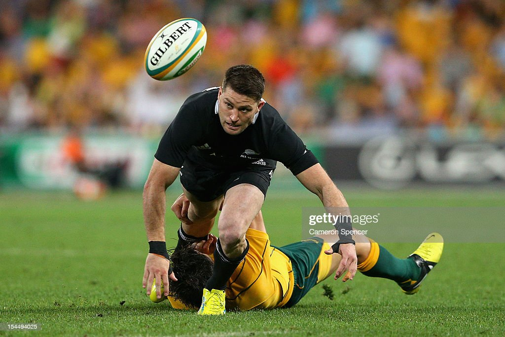 Cory Jane of the All Blacks is tackled during the Bledisloe Cup match between the Australian Wallabies and the New Zealand All Blacks at Suncorp Stadium on October 20, 2012 in Brisbane, Australia.