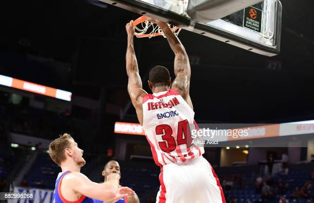 Cory Jefferson #34 of AX Armani Exchange Olimpia Milan in action during the 2017/2018 Turkish Airlines EuroLeague Regular Season game between Anadolu...