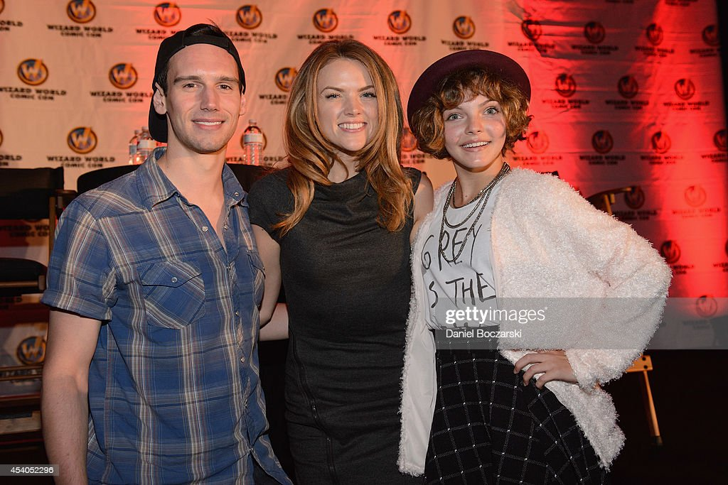 Cory Michael Smith, Erin Richards and Camren Bicondova attend Wizard World Chicago Comic Con 2014 at Donald E. Stephens Convention Center on August 23, 2014 in Chicago, Illinois.