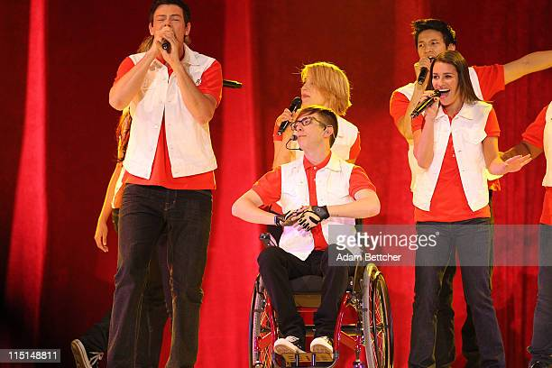 """Cory Monteith, Kevin McHale, Dianna Agron, Harry Shum, Jr and Lea Michele of the TV show """"Glee"""" perform during Glee Live! In Concert at Target Center..."""