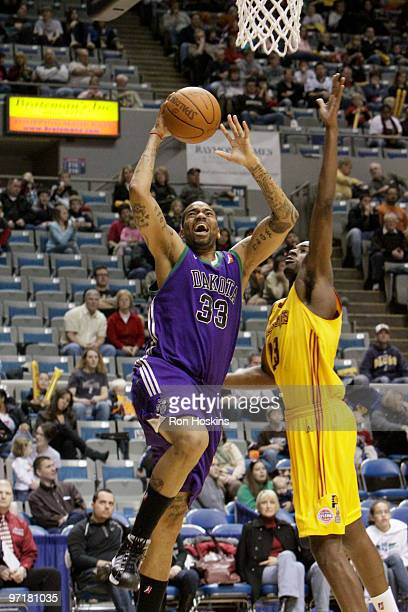 Cory Underwood of the Dakota Wizards shoots over Anthony Kent of the Fort Wayne Mad Ants at Allen County Memorial Coliseum on February 28 2010 in...