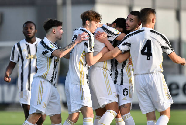 ITA: Juventus U19 v ACF Fiorentina U19 - Primavera 1 TIM
