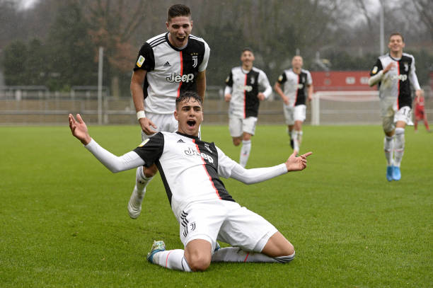 DEU: Bayer 04 Leverkusen U19 v Juventus Turin U19 - UEFA Youth League