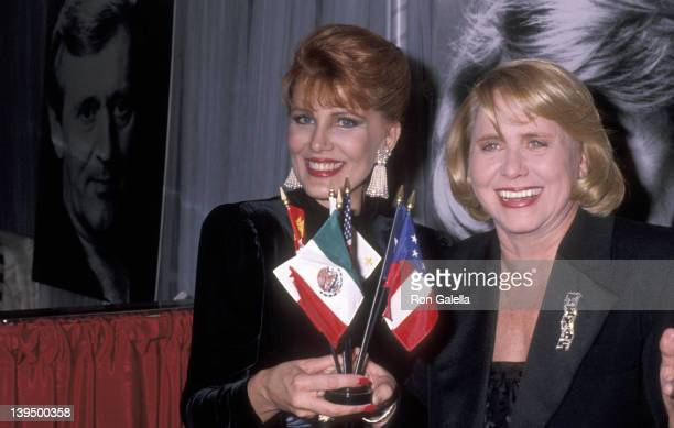 Cosmetic entrepreneur Georgette Mosbacher and gossip columnist Liz Smith attend the Second Annual Gourmet Gala to Benefit the Greater New York March...