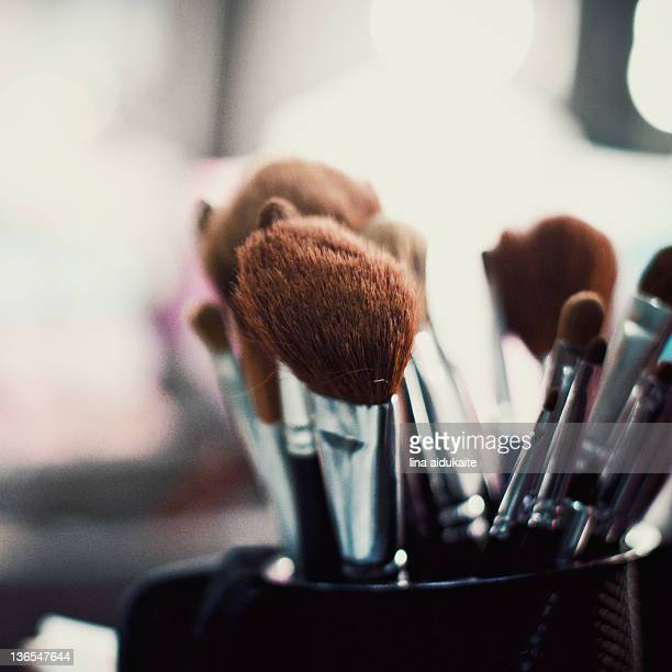 Cosmetics brushes