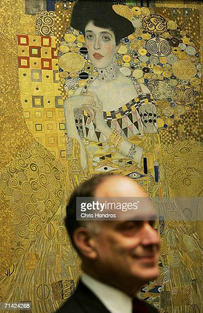 Cosmetics magnate Ronald Lauder stands in front of the painting Adele BlochBauer I by Gustav Klimt at the Neue Galerie Museum July 12 2006 in New...