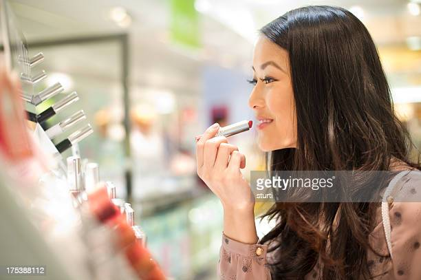 cosmetics shopping - make up stock pictures, royalty-free photos & images
