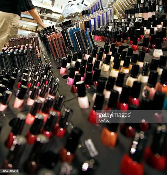 Produits cosmétiques Shopping