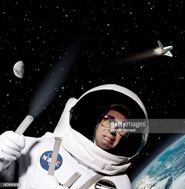 cosmonaut lost in space ストックフォト getty images