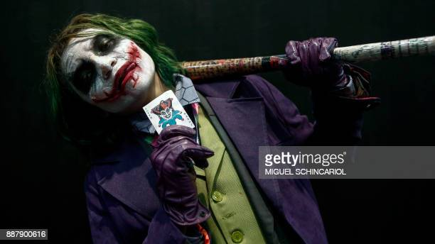 A cosplayer dressed as the 'Riddler' poses for a picture at Sao Paulo Comic Con 2017 in Brazil on December 7 2017 The annual edition of Sao Paulo...