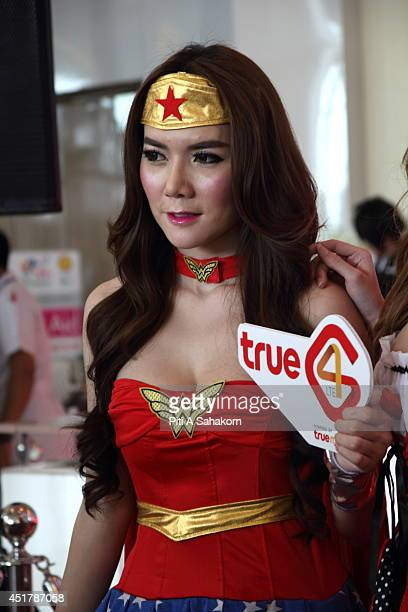Cosplayer dressed as Wonder woman at Bangkok Comic Con 2014 Bangkok Comic Con is one of the biggest exhibitions in Thailand begins from 4 6 July The...