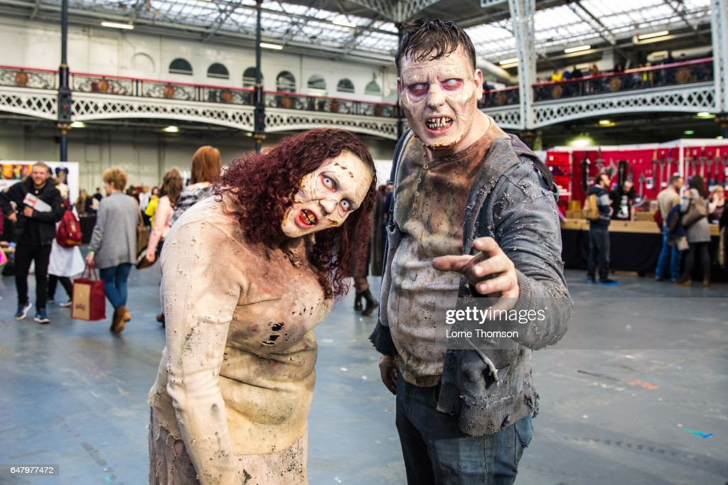 'Walker Stalker' Convention At London Olympia - Day One : News Photo