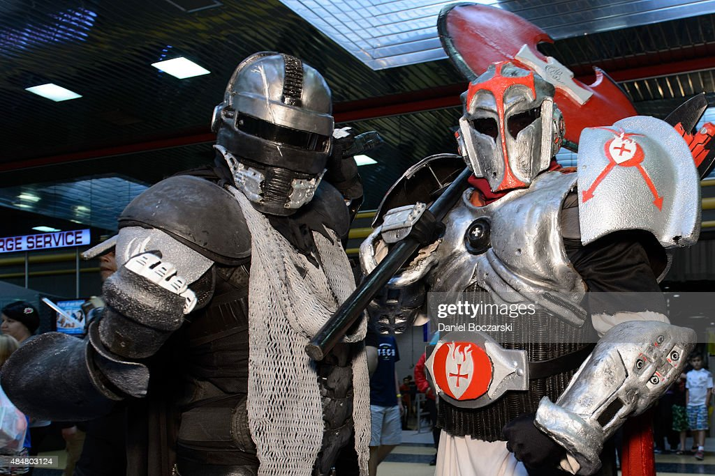 3d75dae1c Cosplayers attend Wizard World Comic Con Chicago 2015 at Donald E ...