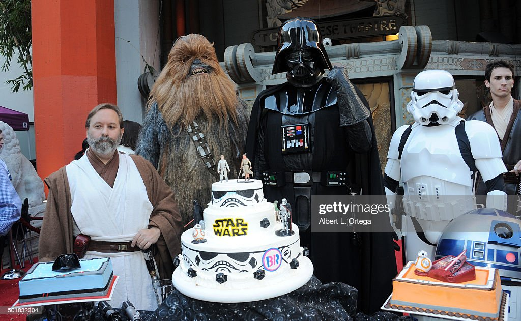 """Two """"Star Wars"""" Fans Get Married In The Forecourt Of The TCL Chinese Theatre : News Photo"""