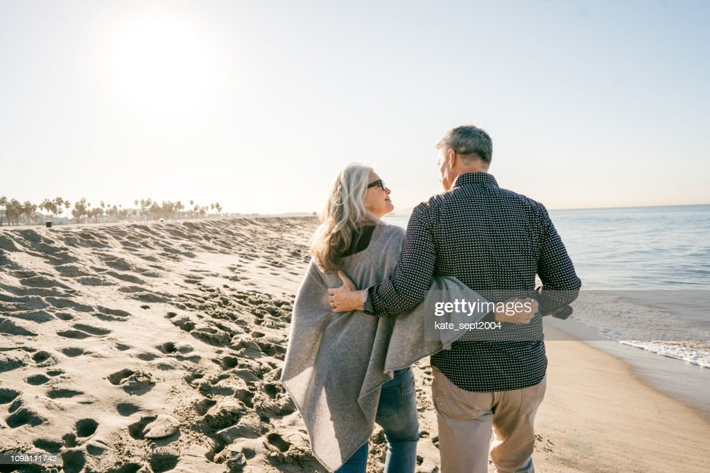 Cost of retirment happiness : Foto stock