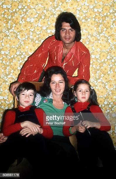 Costa Cordalis Ehefrau Ingrid Cordalis und Kinder Lucas Cordalis und Angelika Kiki Cordalis Homestory am in Kniebis bei Freudenstadt Deutschland