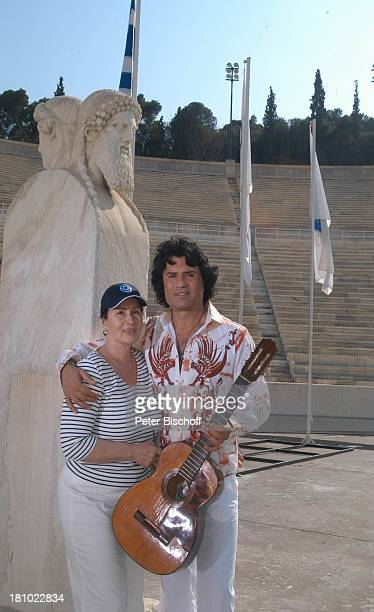 Costa Cordalis Ehefrau Ingrid Olympiastadion NDRSpecial Sirtaki Stars Olympiafieber Athen erleben mit H E I K E G T Z Dreharbeiten in Athen Olympia...