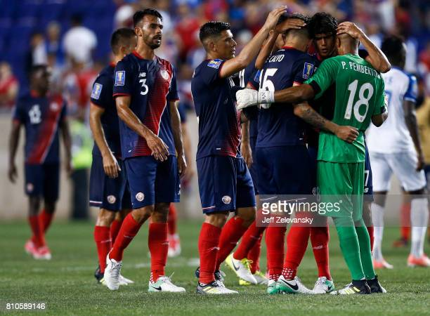 Costa Rica celebrates victory over Honduras during their CONCACAF Gold Cup match at Red Bull Arena on July 7 2017 in Harrison New Jersey