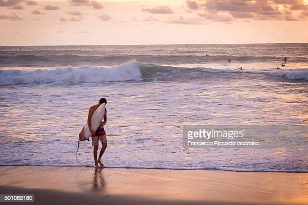 Costa Rica, surf an sunset