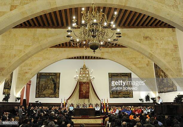 Costa Rica's President Oscar Arias delivers a speech during his honorary doctorate ceremony 'honoris causa' at Salamanca University on December 2...