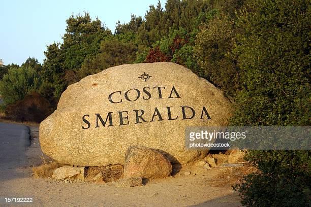 costa smeralda mile stone - costa smeralda stock pictures, royalty-free photos & images