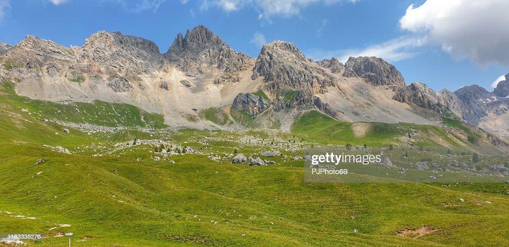 Costabella und Punta Uomo Berge - Fassatal - Dolomiten : Stock-Foto