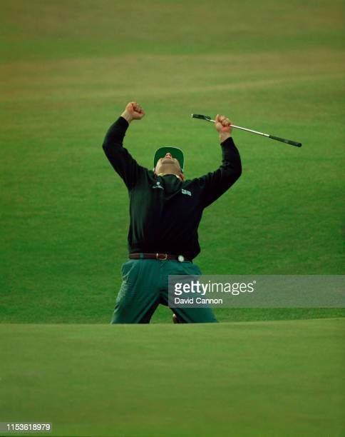 Costantino Rocca of Italy celebrates his birdie putt on the 18th green to force a playoff with John Daly on 23 July 1995 during the 124th Open...