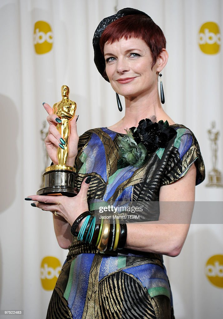 costume designer sandy powell - 715×1024