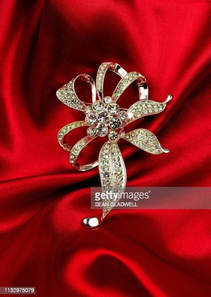 costume jewellery brooch - rhinestone stock pictures, royalty-free photos & images