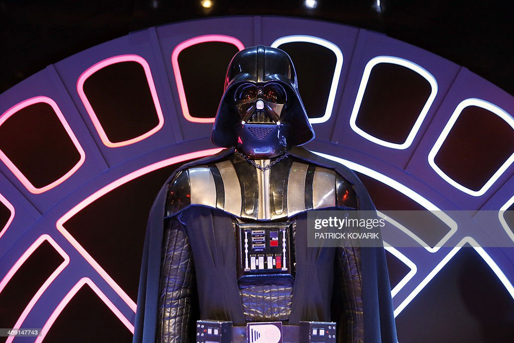 FRANCE-CINEMA-EXHIBITION-STAR-WARS-IDENTITIES : Nachrichtenfoto