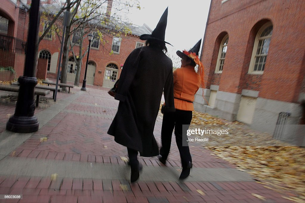 Bewitching Attractions Draw Visitors To Salem : News Photo