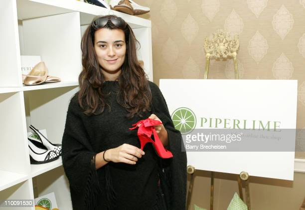 Cote de Pablo at piperlime during The 2007 Luxury Lounge Presents Marie Claire Fashion Closet Day 1 at Four Seasons in Beverly Hills California...