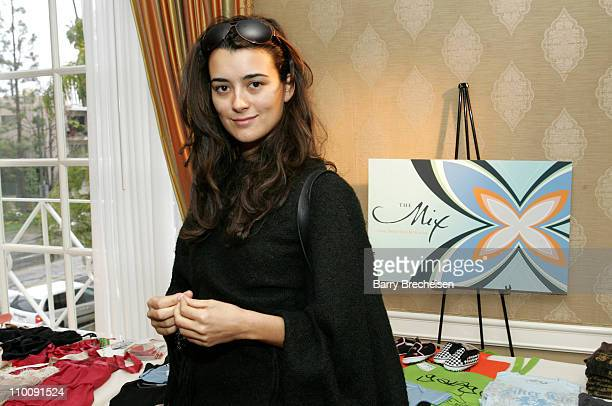 Cote de Pablo at The Mix during The 2007 Luxury Lounge Presents Marie Claire Fashion Closet Day 1 at Four Seasons in Beverly Hills California United...