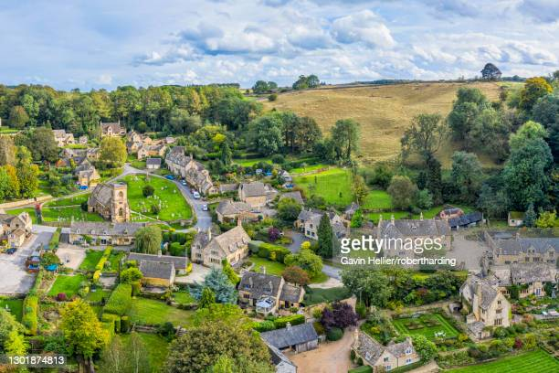 cotswolds village of snowshill, gloucestershire, england, united kingdom, europe - gavin hellier stock pictures, royalty-free photos & images
