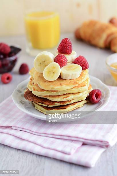 Cottage cheese pancakes with banana and raspberry