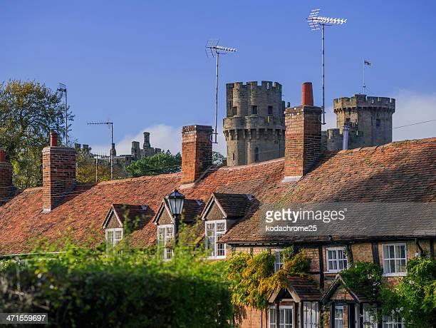 cottage - warwick castle bildbanksfoton och bilder