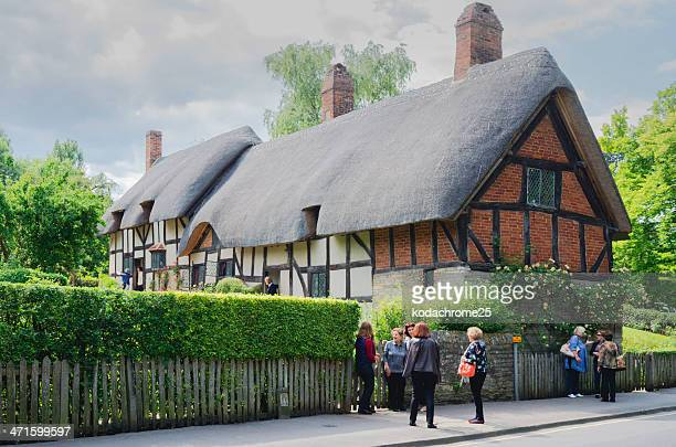 cottage - social history stock pictures, royalty-free photos & images