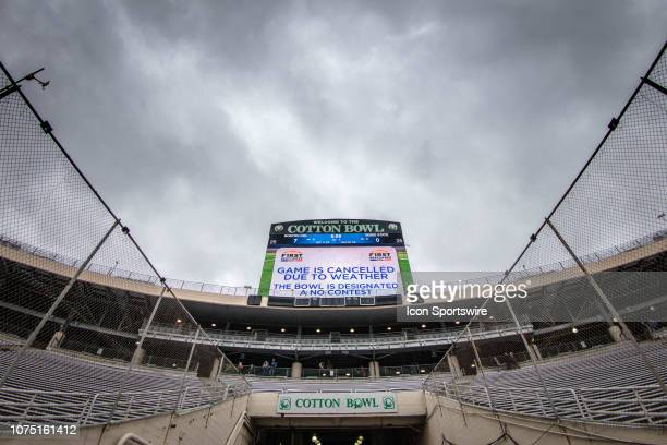 Cotton Bowl sign announcing cancelation due to weather of the college First Responder Bowl between the Boise State Broncos and the Boston College...