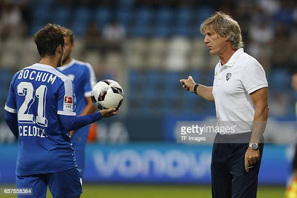 Couch Gertjan Verbeek of Bochum speak with Stefano Celozzi of Bochum during the Friendly match between VfL Bochum and Hamburger SV at Rewirpower...