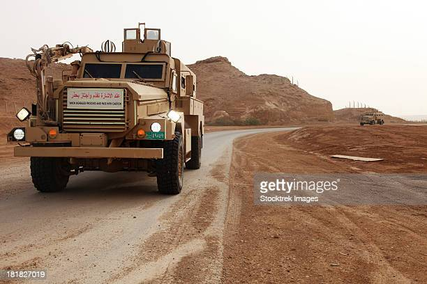 cougar armored fighting vehicles in iraq. - armored vehicle stock pictures, royalty-free photos & images
