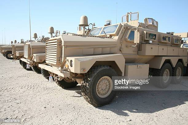 cougar hev mine resistant ambush protected vehicles. - mine resistant ambush protected stock pictures, royalty-free photos & images