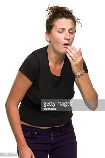 咳をする若い女性