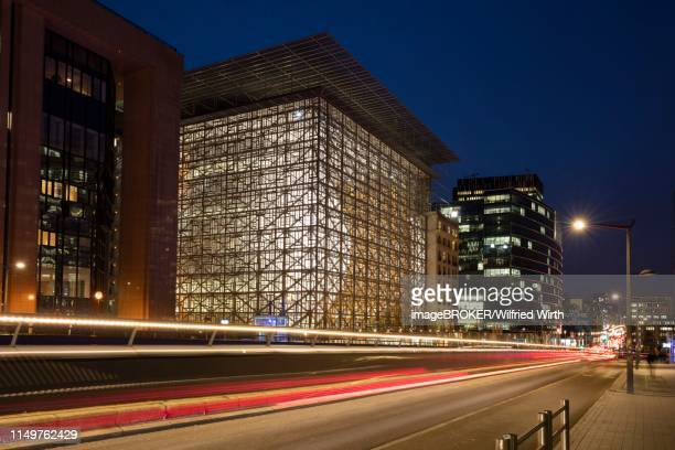 council of europe and european commission building on rue de la loi, duskviertel, brussels, belgium - council of europe stock pictures, royalty-free photos & images