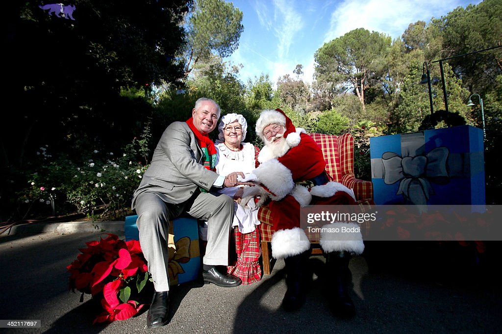 Councilman Tom LaBonge Kicks Off The L.A. Zoo's Holiday Festivities And Welcomes Santa And His  Reindeer To The L.A. Zoo
