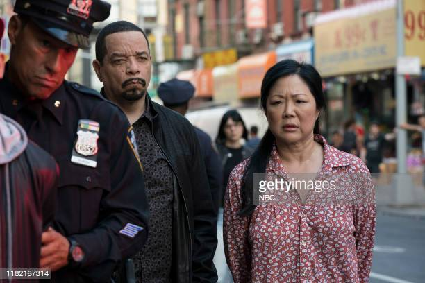 """Counselor, It's Chinatown"""" Episode 21007 -- Pictured: Ice T as Detective Odafin """"Fin"""" Tutuola, Margaret Cho as Evelyn Lee --"""