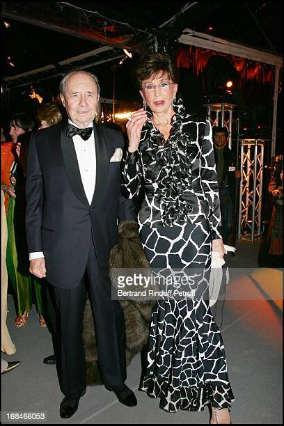 Count and Countess Edouard De Ribes at Private Viewing Of The Exhibition 'Where Are We Going' In Venice