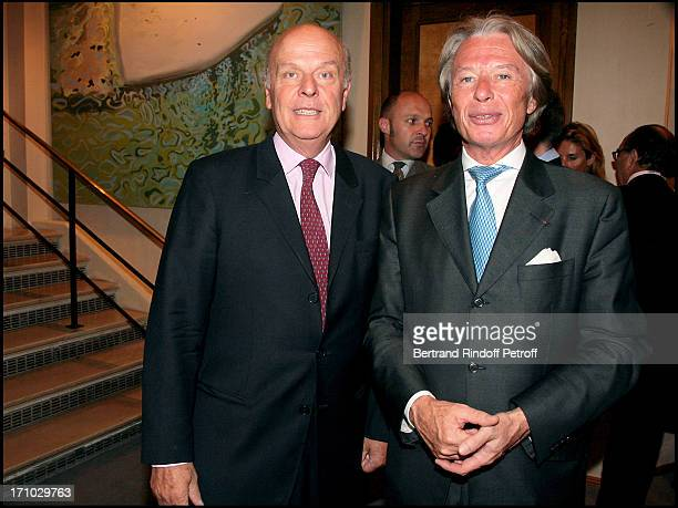 Count Jean De Rohan Chabot and Georges Delettrez chairman of Drouot Holding exhibition launch Carte Blanche at Pearl Lam highlights seen by China at...