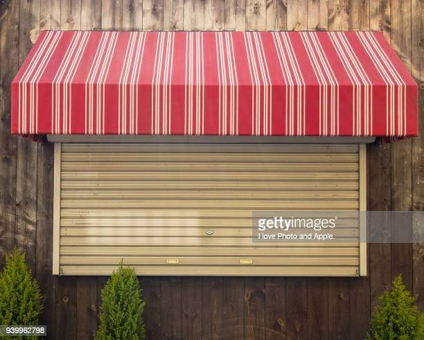 counter of the lunch provider which took down a shutter - roller shutter stock pictures, royalty-free photos & images