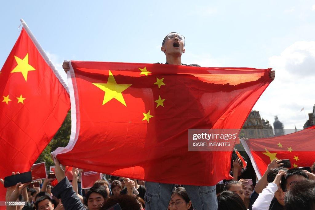 BRITAIN-HONG KONG-CHINA-POLITICS-UNREST : News Photo