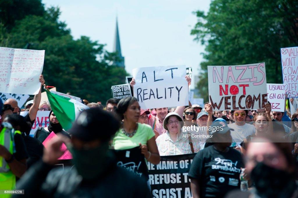 US-POLITICS-RACISM-DEMO : News Photo